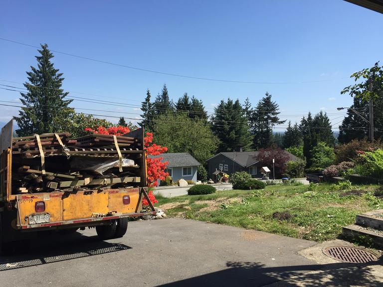 Big Phil's Rubbish Removal Coquitlam Photos